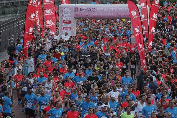 Foto LaPresse - Spada09 Giugno 2018 - Arena Civica , Milano (Italia)  Lierac Beauty Run 2018 Sport Nella foto: partenza 10 km competitivaPhoto LaPresse - SpadaJune 09  , 2018 Milan  (Italy )  Sport Lierac Beauty Run 2018 In the pic: start 10 km